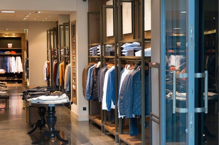 Aspectos sensoriales en el punto de venta tienda de trajes