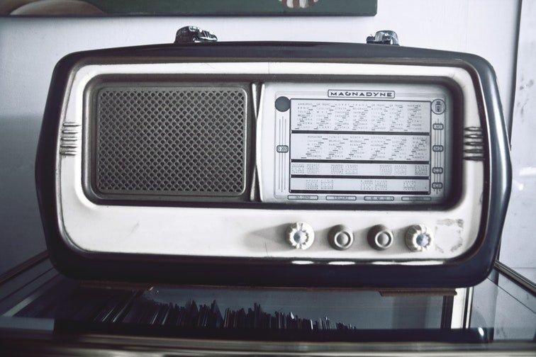 Las desventajas de las emisoras de radio en tu negocio