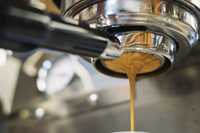 Música para cafetería, la combinación perfecta con el café