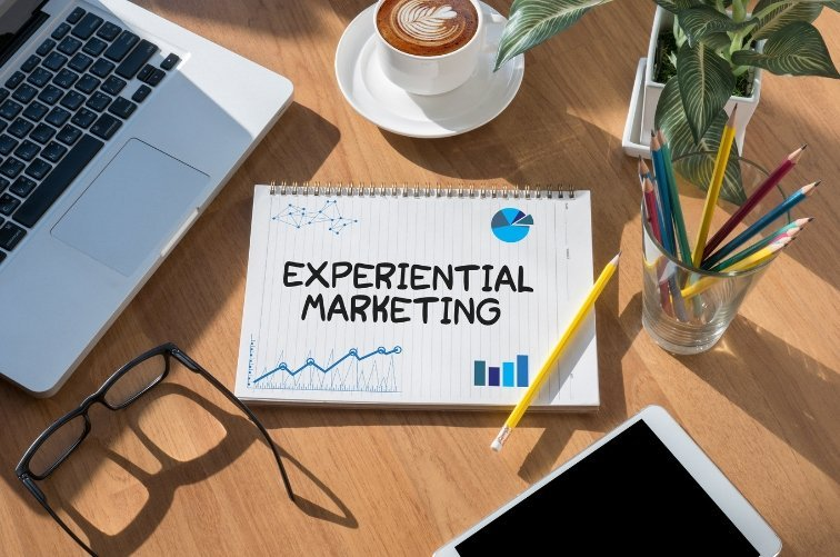 Aplica marketing experiencial en tu negocio y diferénciate de tu competencia.