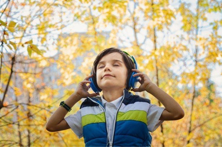 beneficios de la música ambiental sin derechos de autor